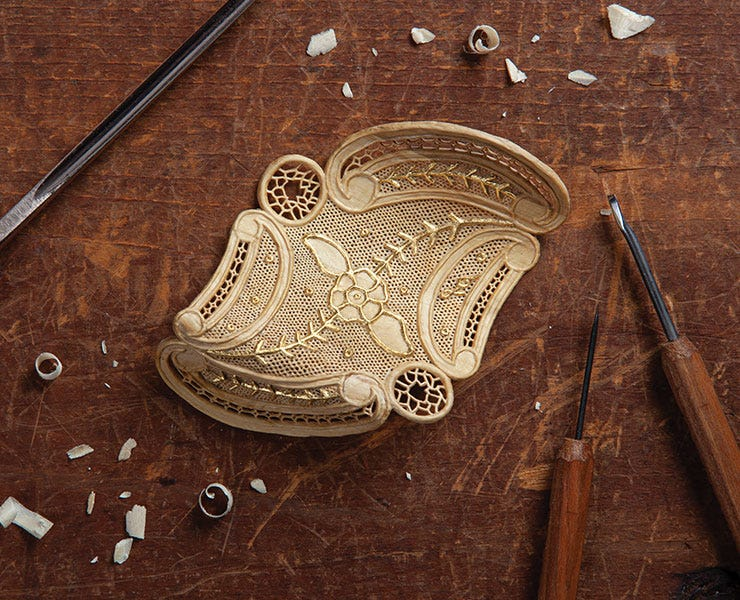 Woodcarving Illustrated Features Mood-boosting Summer Projects